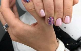 Дизайн ногтей телесного цвета. Фото с блестками, стразами, гель-лаком, рисунком, френч, матовые, полоски на короткие, острые, длинные ногти