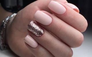 Дизайн ногтей нежно-розовый. Фото с серебром, стразами, блестками, белым, черным цветом