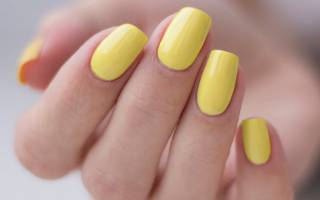 Сине-желтый маникюр — фото
