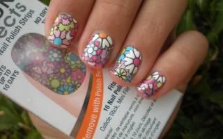 Как клеить наклейки на ногти: учимся пользоваться правильно