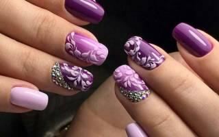 Фиолетовые ногти дизайн. Фото со стразами, цветочками, покрытыми блесточками, втирка, блестками, камнями, бульонками